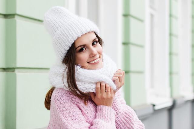 Najlepsze perfumy damskie na zimę - 5 niezawodnych zapachów
